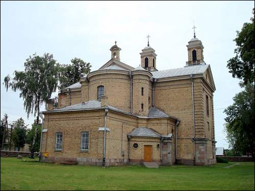 - Catholic church of St. Anne.