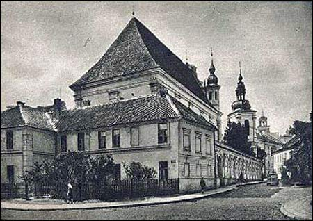 Vilnius |  Catholic church of St. Michael the Archangel and the Bernardine Convent. Bernardine Convent at the postcard from early XX century