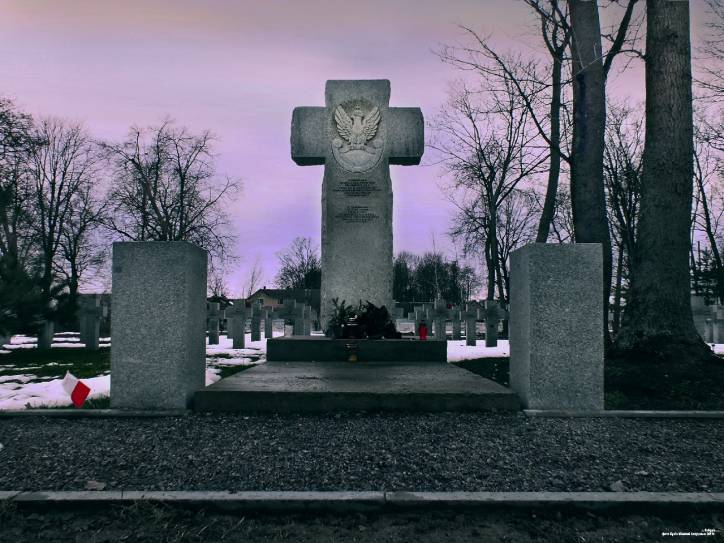 Kobryn.  Tomb of Polish soldiers died in 1920